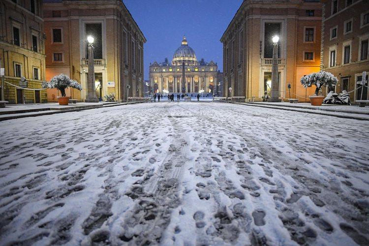 [8](外代二线)意大利北中部遭遇寒潮普-FZ00031337623.jpg
