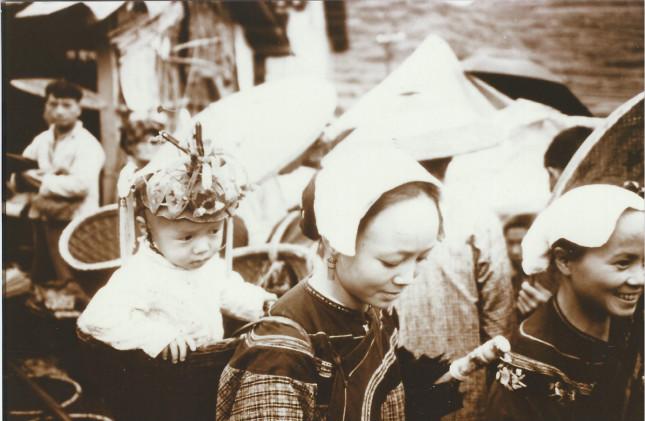 图片3,1980年,金介甫看到的湘西苗民_meitu_2.jpg