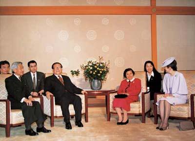 1998年,在江泽民主席访日.jpg