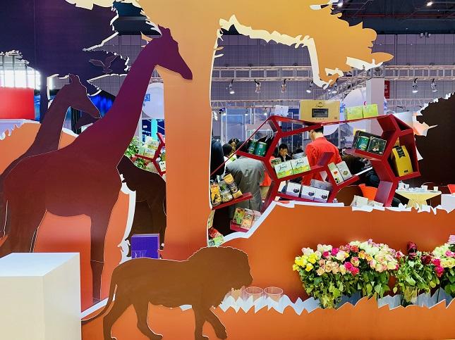 进博视界丨玫瑰远自非洲来!中国已成肯尼亚玫瑰增长最快的消费市场【精彩图集】