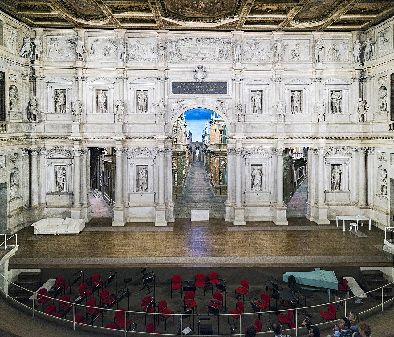 意大利奥林匹克剧院中的 Trompe-l'?il2.jpg