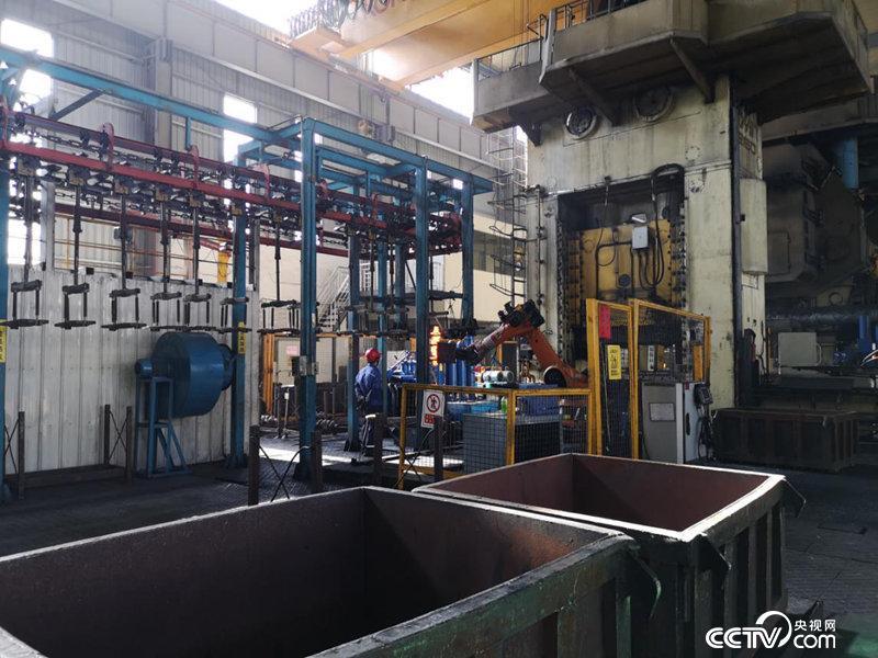 桂林经开区汽车零部件加工厂房(何川/摄)