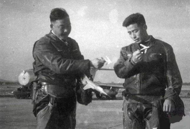 李纯光(左)和胡英法.jpg