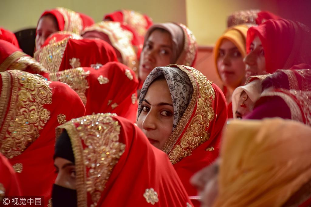 现在花500卢比堕胎,将来省50000卢比嫁妆,印