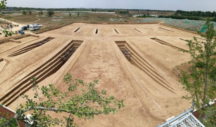 图为空港新城十六国时期墓地。.jpg