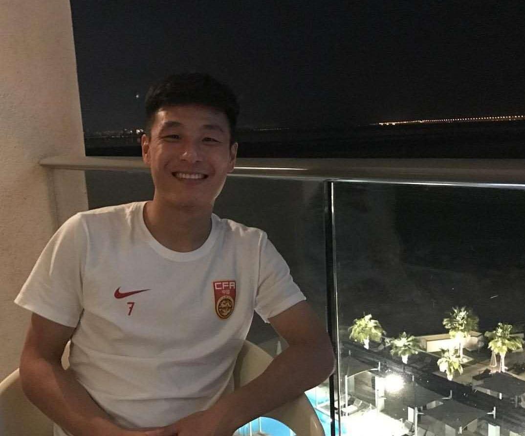2019上海·静安元旦10公里迎新跑顺利起跑.jpeg