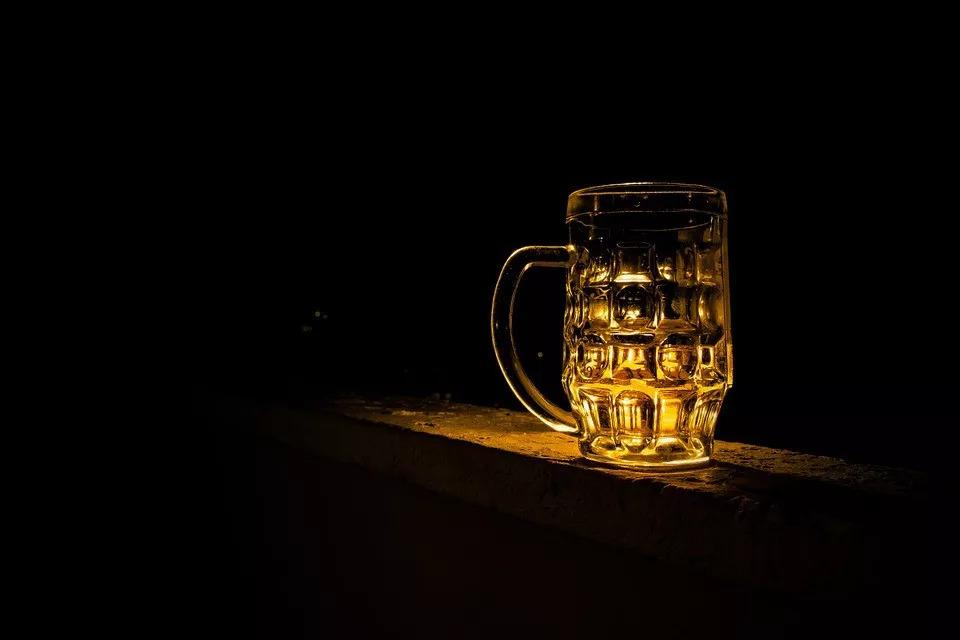 酒杯.jpeg