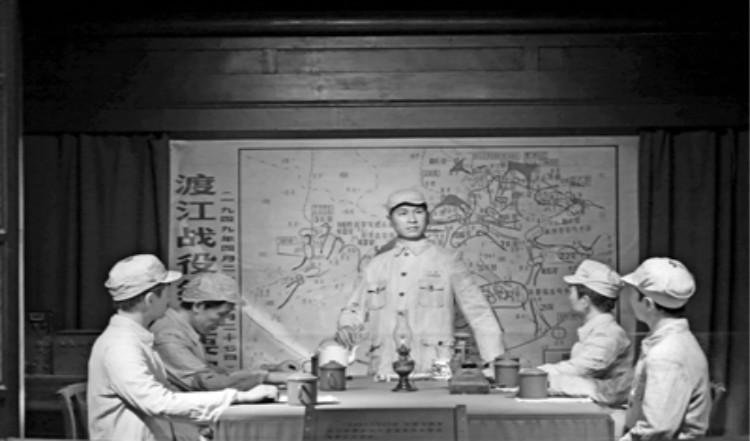 人民海军在泰州成立_meitu_1.jpg