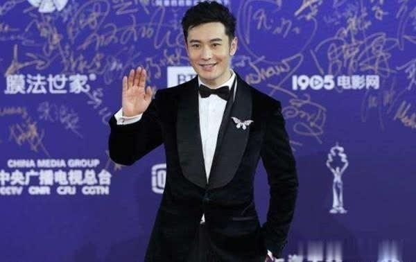 黄晓明承认已掉一线,如今没人找他拍戏,杨颖:我会一直陪着他