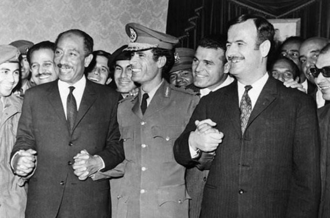 埃及总统萨达特(左)和卡扎菲(中)、叙利亚总统哈菲兹.jpg