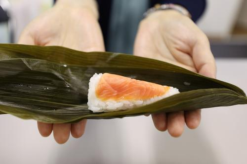 """端午將至,日本推出""""粽子壽司""""受到熱捧"""