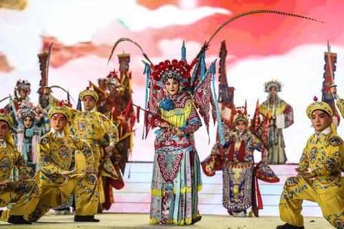 """夏季达沃斯论坛""""中国文化""""闪亮登场"""