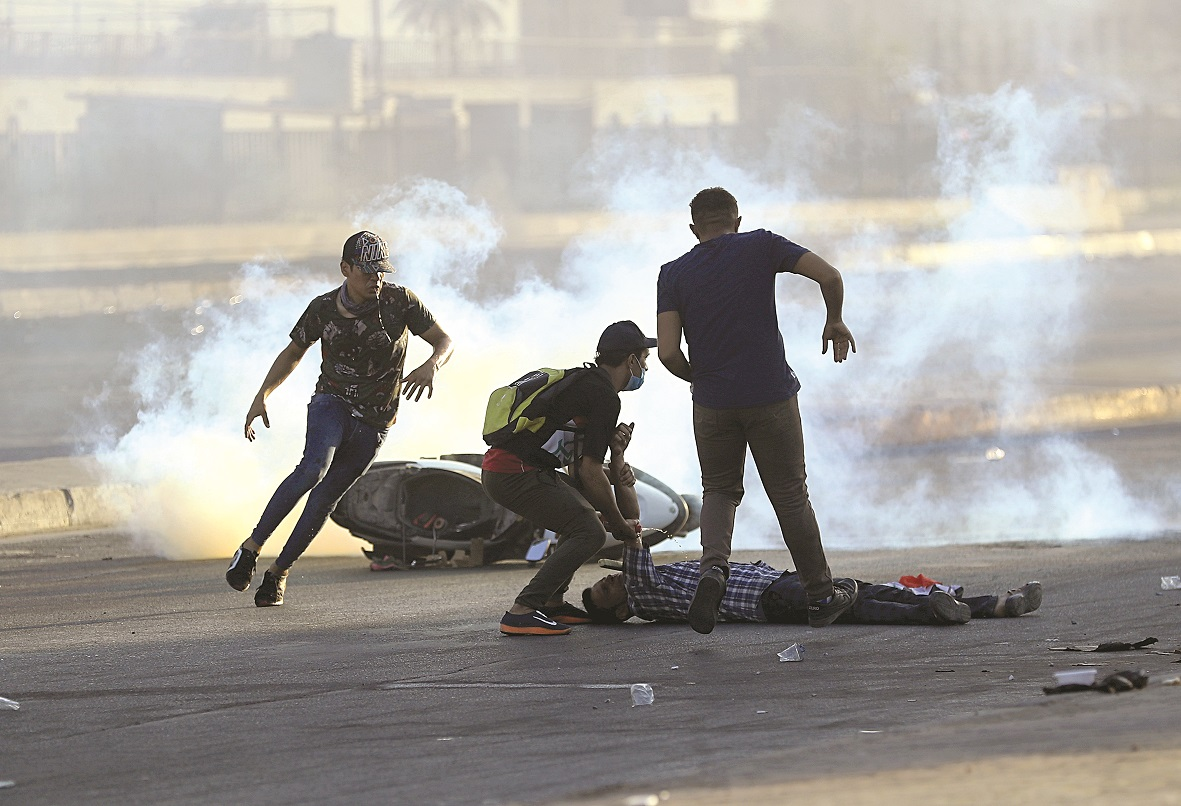 (外代一线)(3)伊拉克示威抗议引发的冲(3076655)-20191009004108.jpg