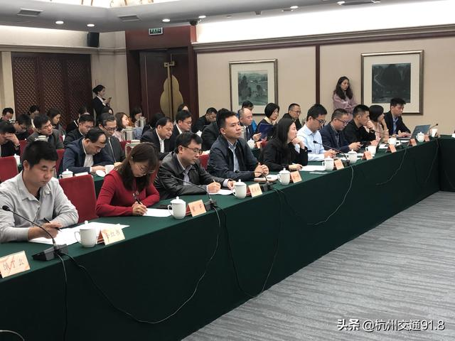 """市场监管总局:电商平台""""二选一""""违法"""