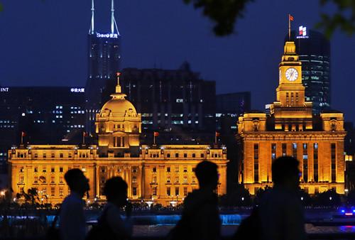 <strong>让更多的外国人知道上海、来上海</strong>