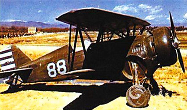 """当时中国空军装备的""""霍克III""""驱逐机(内).jpg"""