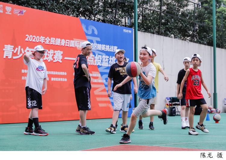 88篮球.jpg