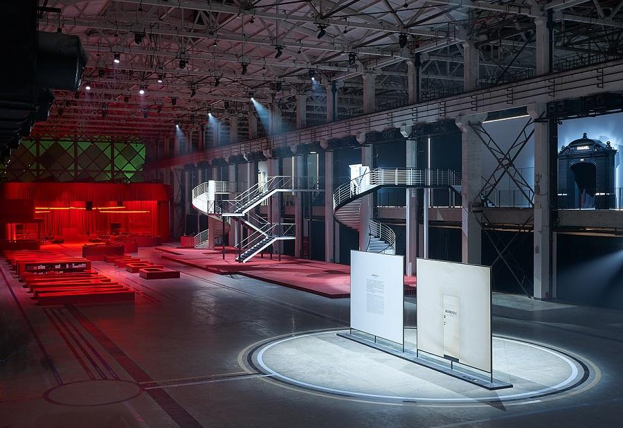 """【PART4 西岸文化艺术季AWB】6.""""走进香奈儿""""展览在西岸艺术中心举办,44天共接待了20万观众。.jpg"""