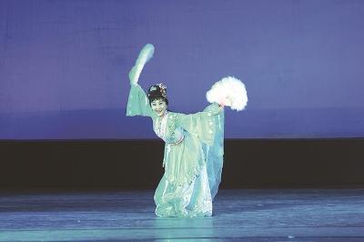 陈爱莲:舞蹈融入了我的生命 | 我和我的祖国 70年70人