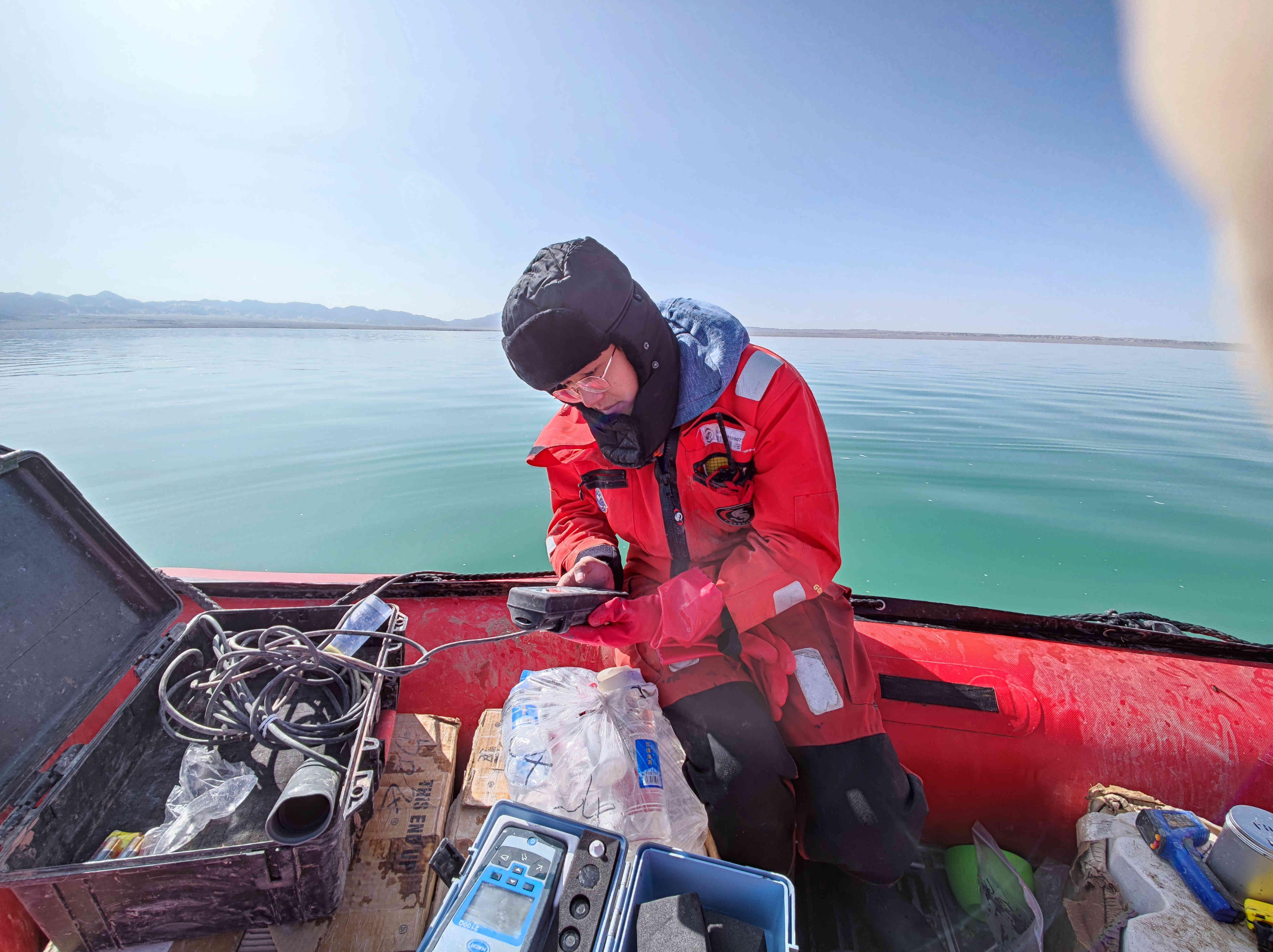 湖泊水质测定1.jpg