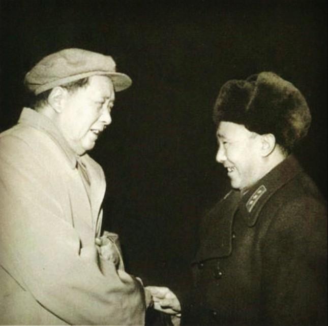 1964年,李聚奎受到毛主席的接见.jpg