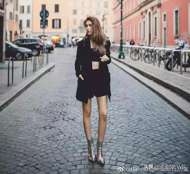 44岁贾静雯和36岁陈意涵同框:保持身材不会暴露你的年龄!