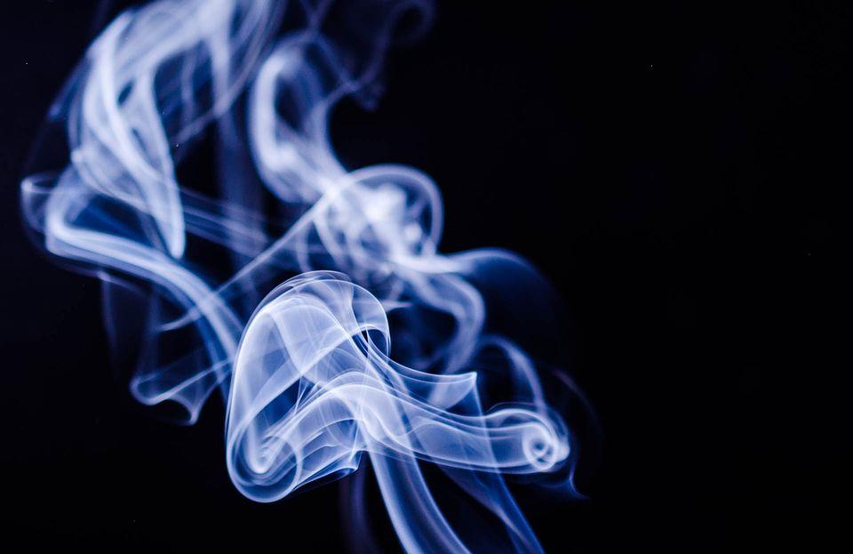 吸烟.png